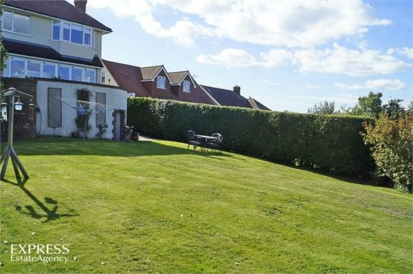 Thumbnail Detached house for sale in Hill Rise, Seaford, East Sussex