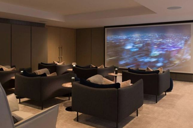 Thumbnail Flat to rent in Centre Point Residences, Covent Garden