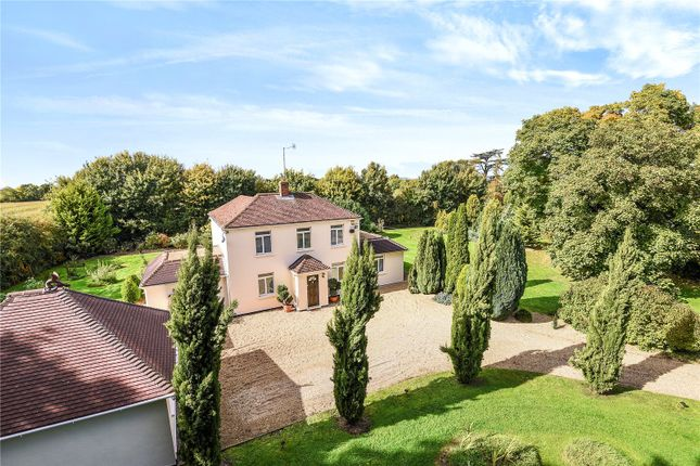 Thumbnail Detached house for sale in Hawthorn Hill, Warfield, Berkshire
