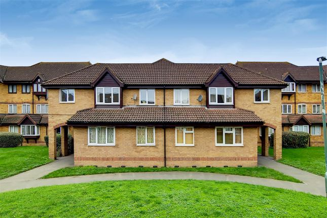1 bed flat to rent in Colombus Square, Erith DA8
