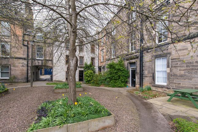 Thumbnail Flat for sale in Hope Park Square, Edinburgh