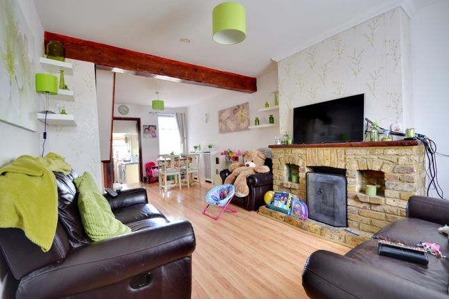 Thumbnail Terraced house to rent in Trout Road, West Drayton, Middlesex