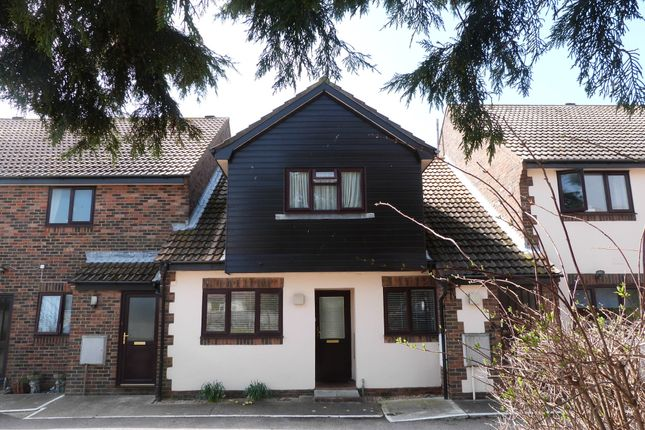 Thumbnail Flat for sale in Grant Close, Selsey, Chichester