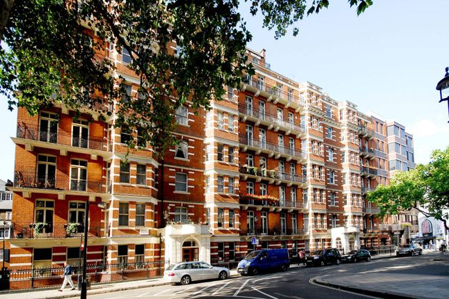 3 bed flat for sale in Evelyn Mansions, Westminster