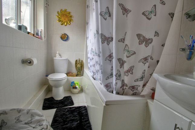 Bathroom of Allinson Street, North Ormesby, Middlesbrough TS3