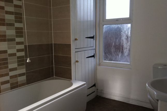 Thumbnail Terraced house to rent in Colwyn Avenue, Leeds