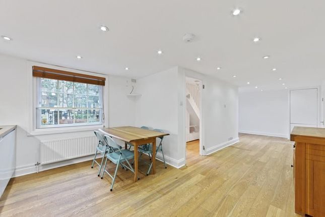 Thumbnail Property to rent in Pond Square, London