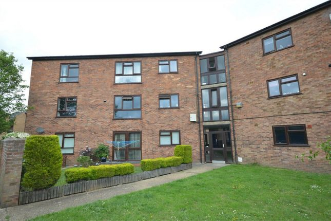 Thumbnail Flat for sale in Pippin Green, Norwich