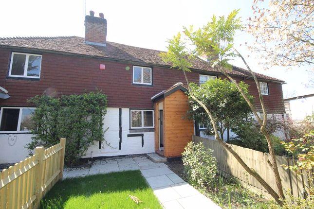 2 bed terraced house to rent in London Road, Hildenborough, Tonbridge TN11