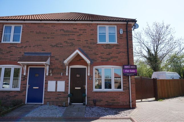 Thumbnail Town house for sale in Saxonfields Drive, Stallingborough, Grimsby