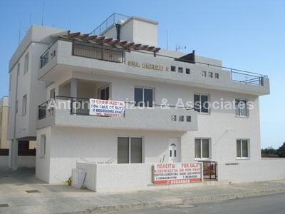 2 bed apartment for sale in Kiti, Cyprus