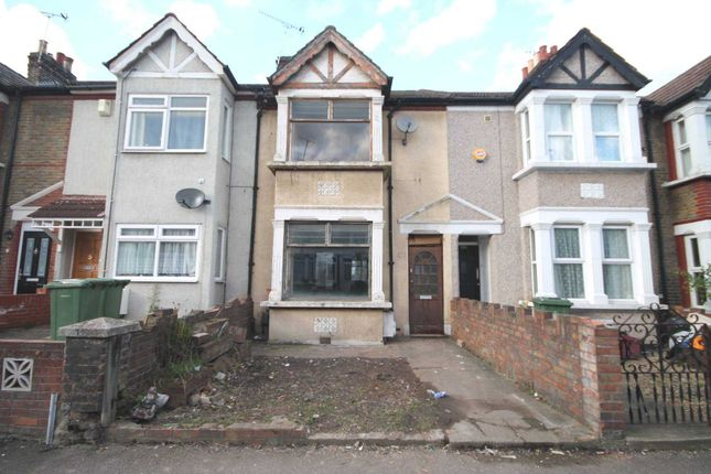 Thumbnail Detached house for sale in Riverdale Road, Erith