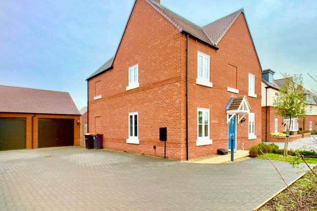 Thumbnail Detached house to rent in Northwick Close, Bedford