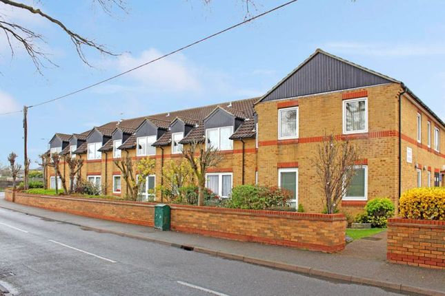 Thumbnail Property to rent in Church End Lane, Runwell, Wickford