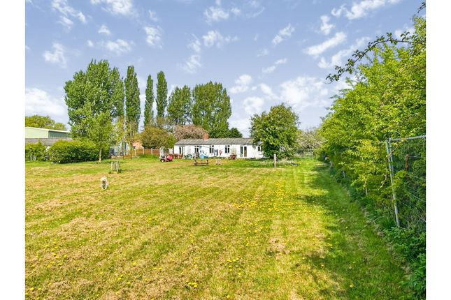 Thumbnail Farmhouse for sale in Coachgap Lane, Nottingham