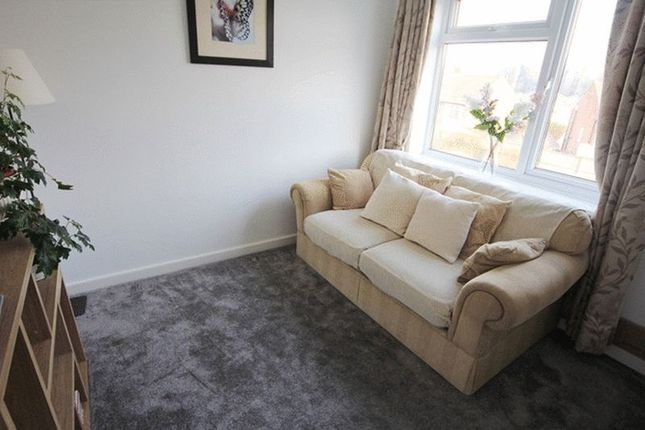 Grange lane gateacre liverpool l25 2 bedroom flat for for Furniture 66 long lane liverpool