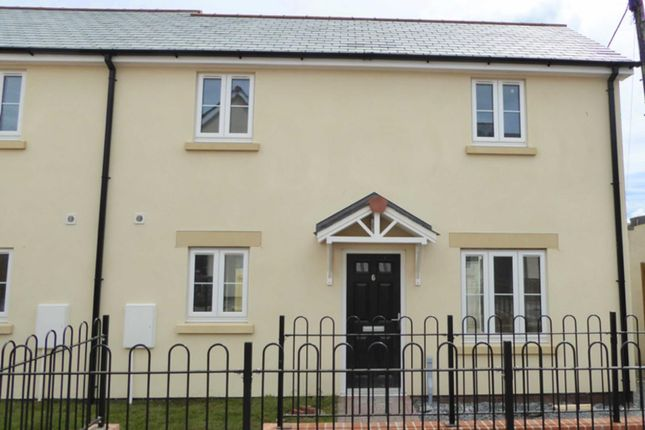 Thumbnail Semi-detached house to rent in Manor Gardens, Holsworthy