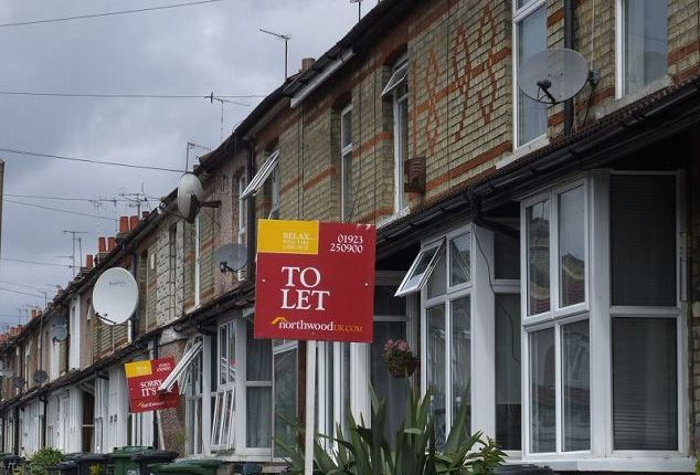 Thumbnail Terraced house to rent in Regent Street, Watford