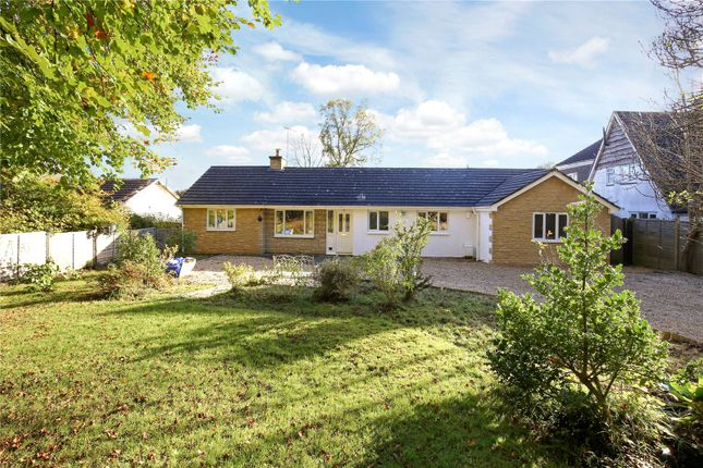 4 bed detached bungalow for sale in Frithwood, Brownshill, Stroud, Gloucestershire