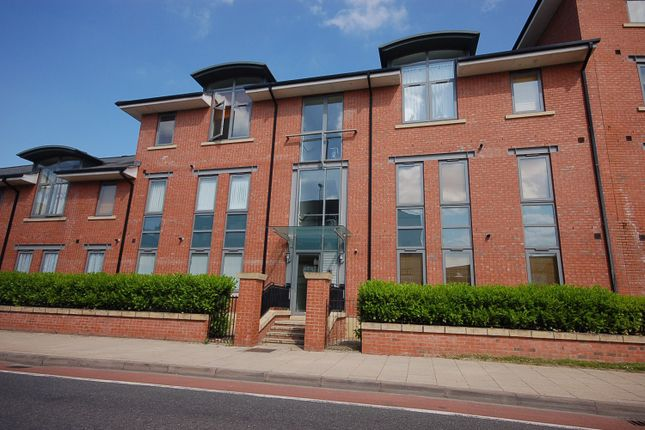 Thumbnail Flat to rent in Thursfield Court, New Crane Street, Chester