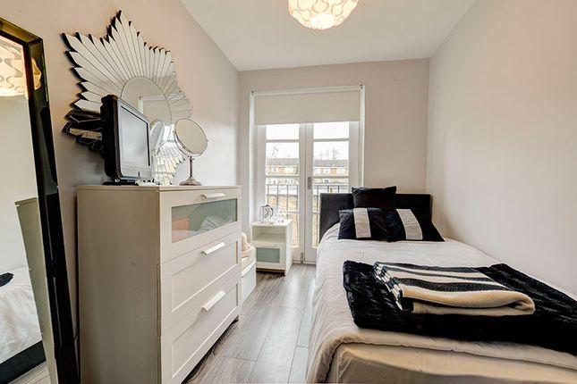 Bedroom of Crofton Way, Enfield EN2