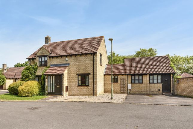 Thumbnail Detached house for sale in The Spears, Yarnton, Kidlington