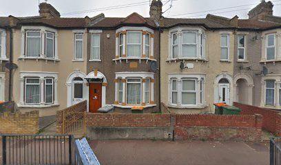 Thumbnail Flat to rent in Sheridan Road, London