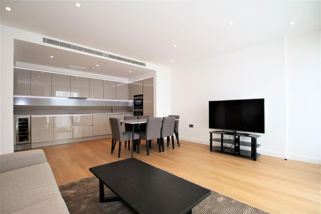 3 bed flat to rent in Holland Park Avenue, Holland Park W11