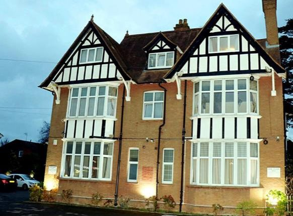 Thumbnail Hotel/guest house for sale in Bonehurst Road, Gatwick, Horley