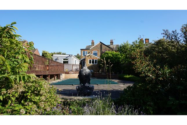 Thumbnail Semi-detached house for sale in Church Street, Bocking