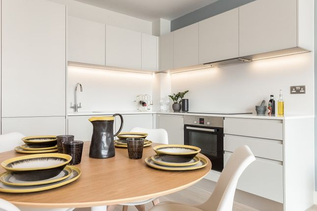 Thumbnail Property for sale in New Road, Brentwood, Essex