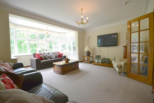 Living Room of Oakleigh Avenue, Oakleigh Park, London N20