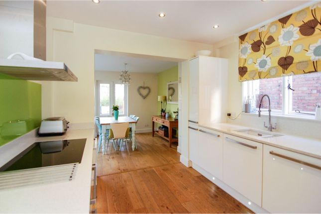 Kitchen of Davies Road, West Bridgford, Nottingham NG2