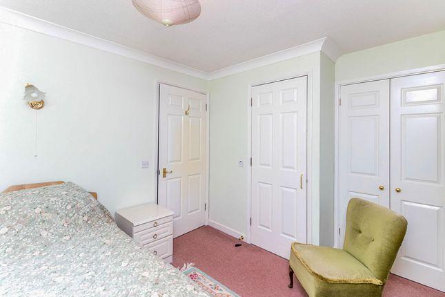 Bedroom of Dovehouse Close, Linton, Cambridge CB21