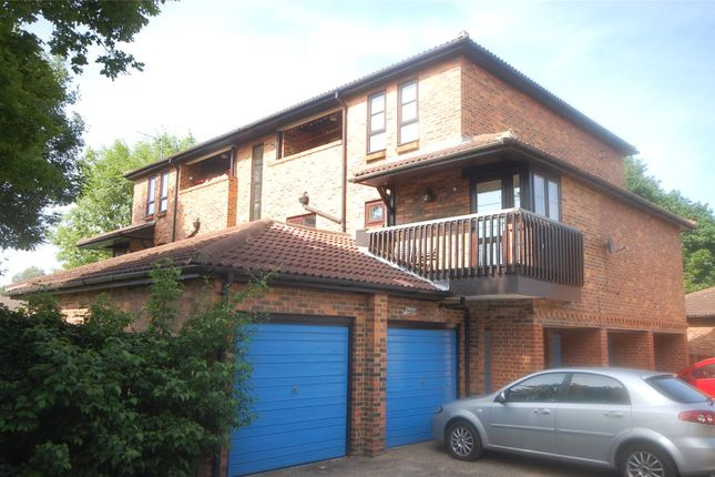 Thumbnail Flat for sale in Courtney Park Road, Langdon Hills, Essex