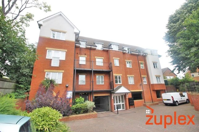 Thumbnail Flat for sale in Garfield Road, Ponders End, Enfield
