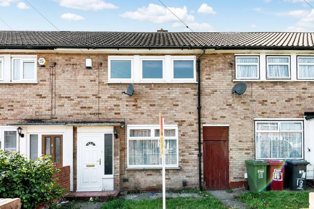 Thumbnail Terraced house to rent in Parry Green South, Langley