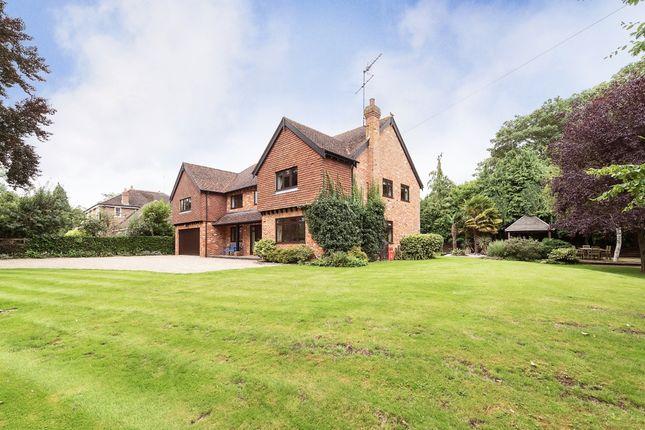 Thumbnail Detached house to rent in Mill Lane, Hurley, Maidenhead