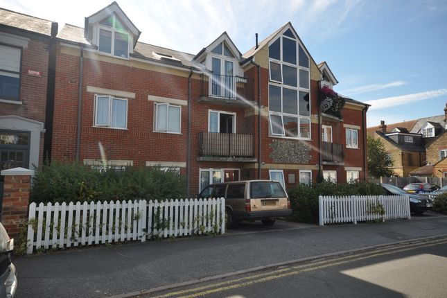 Thumbnail Flat to rent in Northwood Road, Tankerton, Whitstable