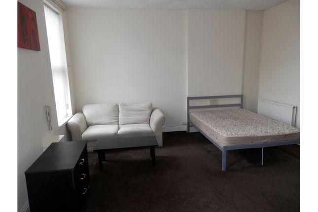 Studio to rent in Carlyle Road, Edgbaston, Birmingham B16