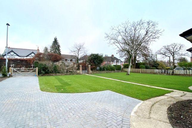 Driveway of Reading Road, Woodley, Berkshire RG5