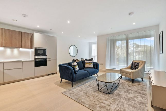 Thumbnail Flat to rent in The Avenue, London