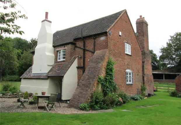 Thumbnail Detached house to rent in Little Wyrley, Pelsall, Walsall