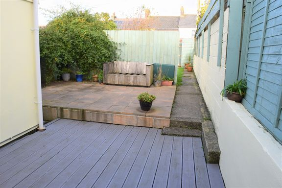 Decked Area of Rose Row, Redruth TR15