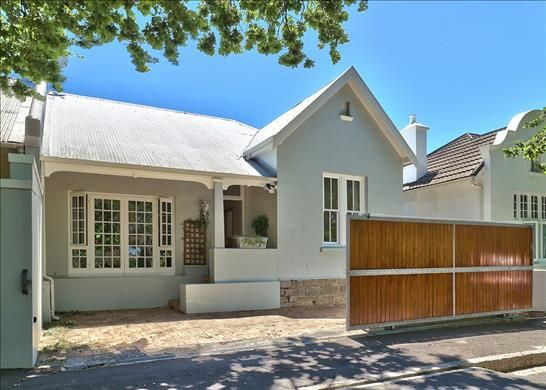 3 bed property for sale in Gardens, Cape Town, South Africa
