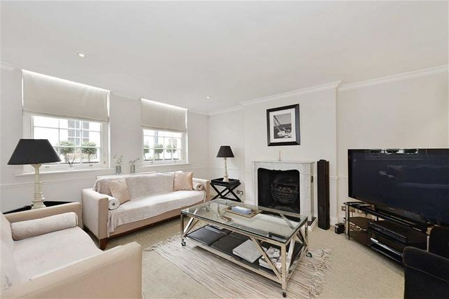 Thumbnail Mews house for sale in Eaton Mews North, Belgravia, London