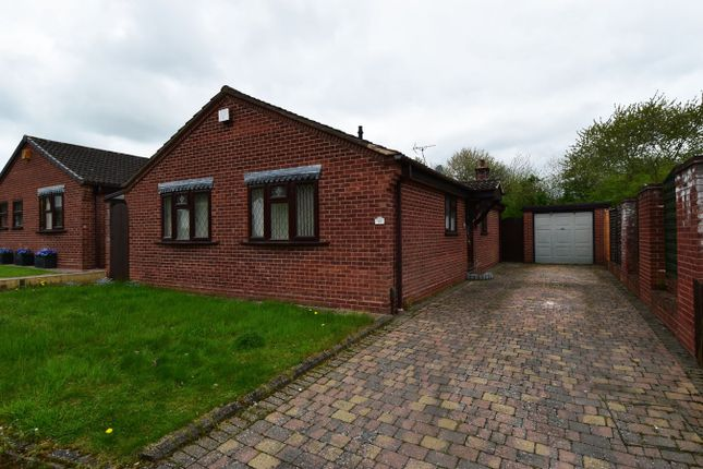 3 bed bungalow to rent in Newton Close, Redditch