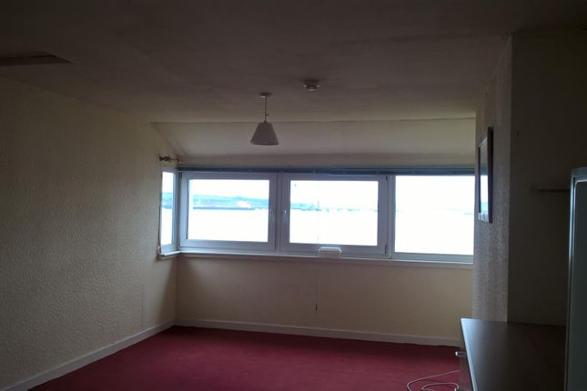 Thumbnail Flat to rent in Pier Road, Milford Haven