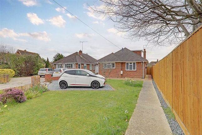 2 bed detached bungalow for sale in Langbury Lane, Ferring, Worthing, West Sussex BN12