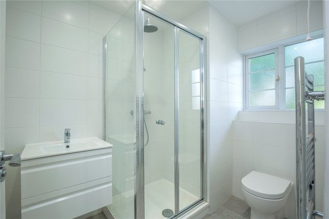 Bathroom of Whittington Court, Aylmer Road, London N2
